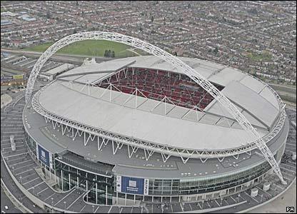 Del ¿Por qué? a Wembley: una aproximació futbolística a la política