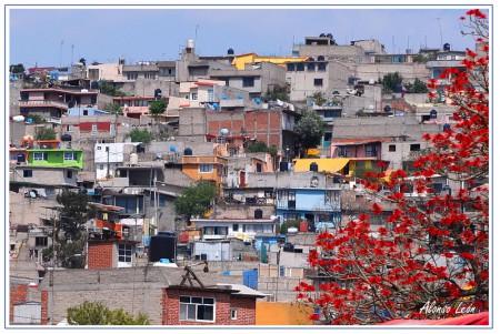 Suburbios de México DF, ejemplos de nula masificación urbana sin planificación